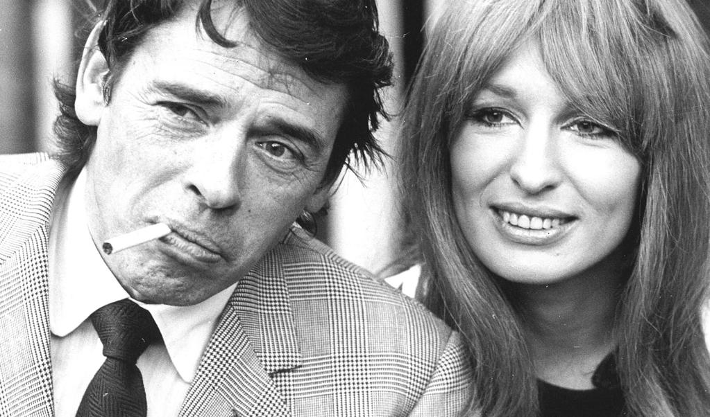Jacques Brel met Liesbeth List in 1971.  (beeld  anp)