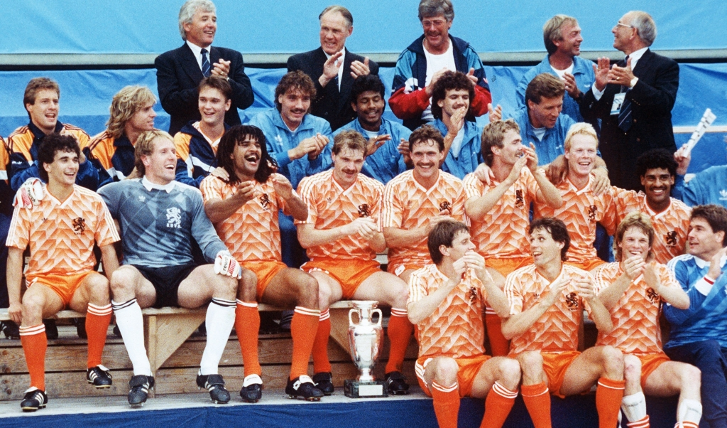 Nederland viert feest in 1988.  (beeld afp)