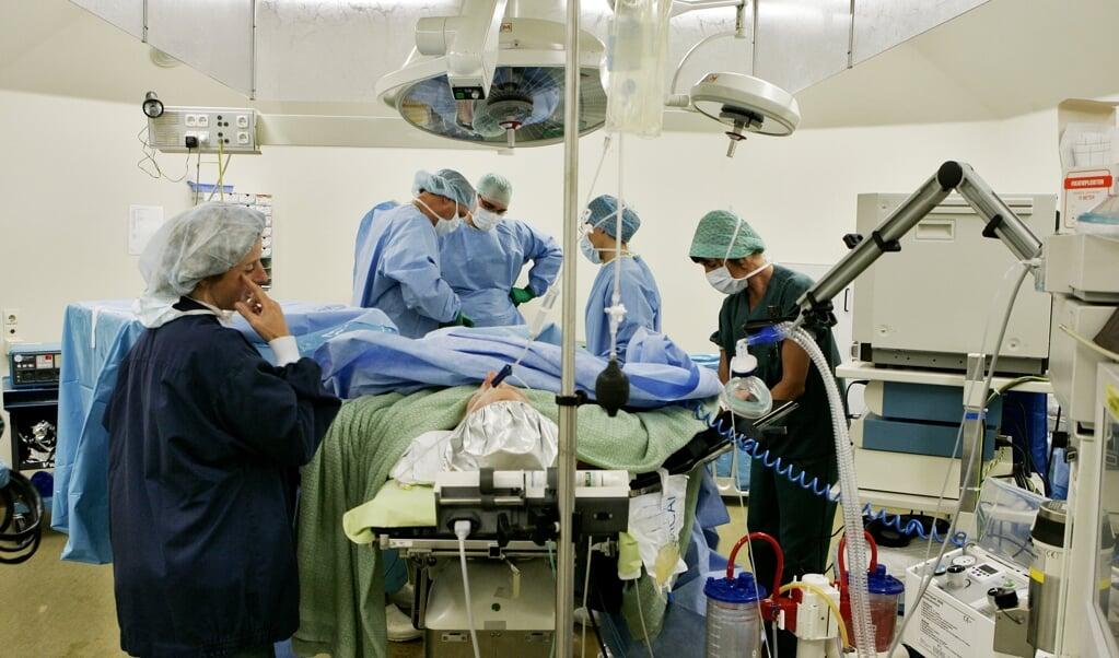 Ook onze hoogwaardige gezondheidszorg is mogelijk gemaakt door economische groei.   (beeld anp / Koen Suyk)