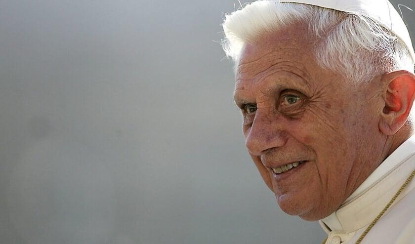 Paus Benedictus  (beeld epa / Danilo Schiavella)