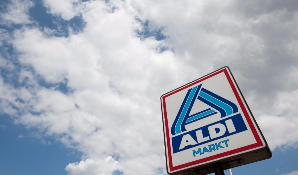<p>De nazaten van Aldi-oprichter Theo Albrecht vechten bij de rechter om de erfenis, een jaarlijks bedrag van 25 miljoen euro.&nbsp;</p>  (beeld Epa/frisogentsch)