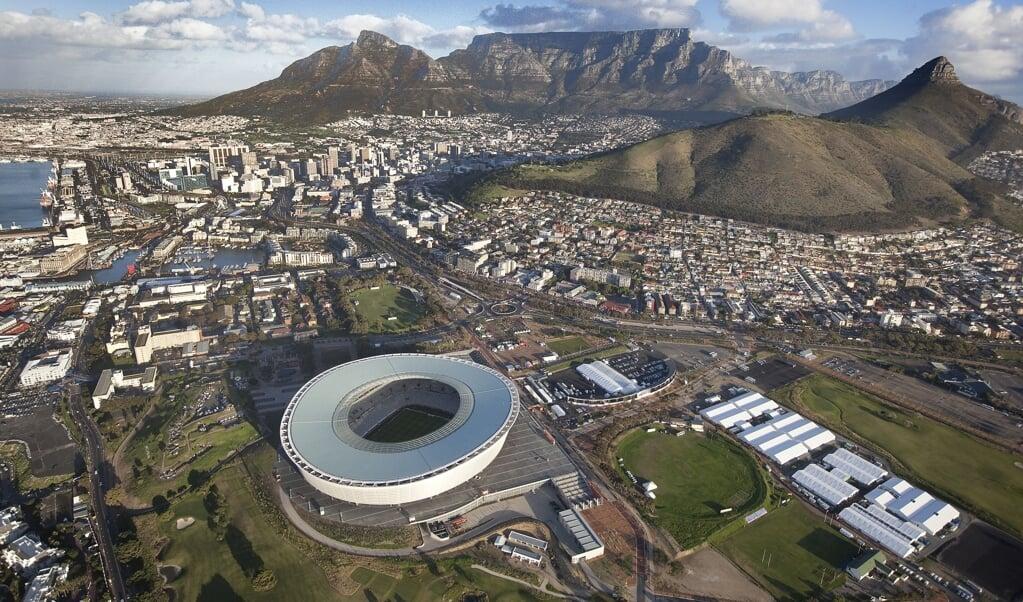 Greenpoint Stadium in Kaapstad.  (beeld anp / Ilvy Njiokiktjien)