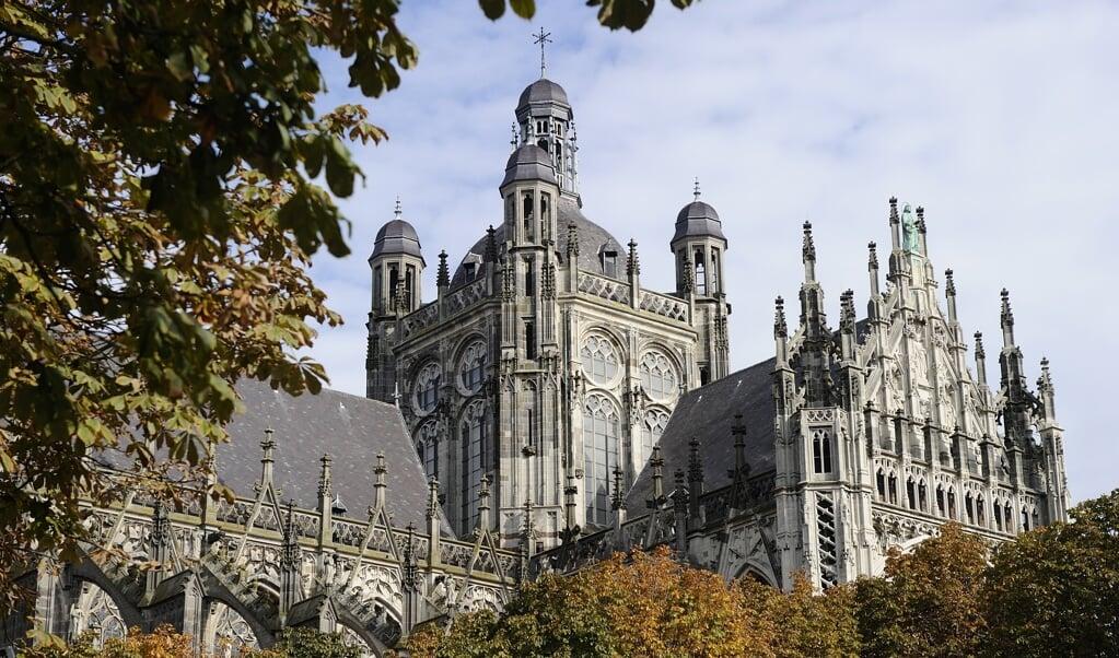 De parochie Heilige Johannes Evangelist in 's-Hertogenbosch ontving 28.683 euro.   (beeld anp / Lex van Lieshout)
