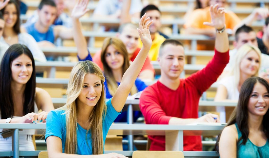 Online college geven is een ramp. En die zet zich na de zomervakantie gewoon voort | Nederlands Dagblad