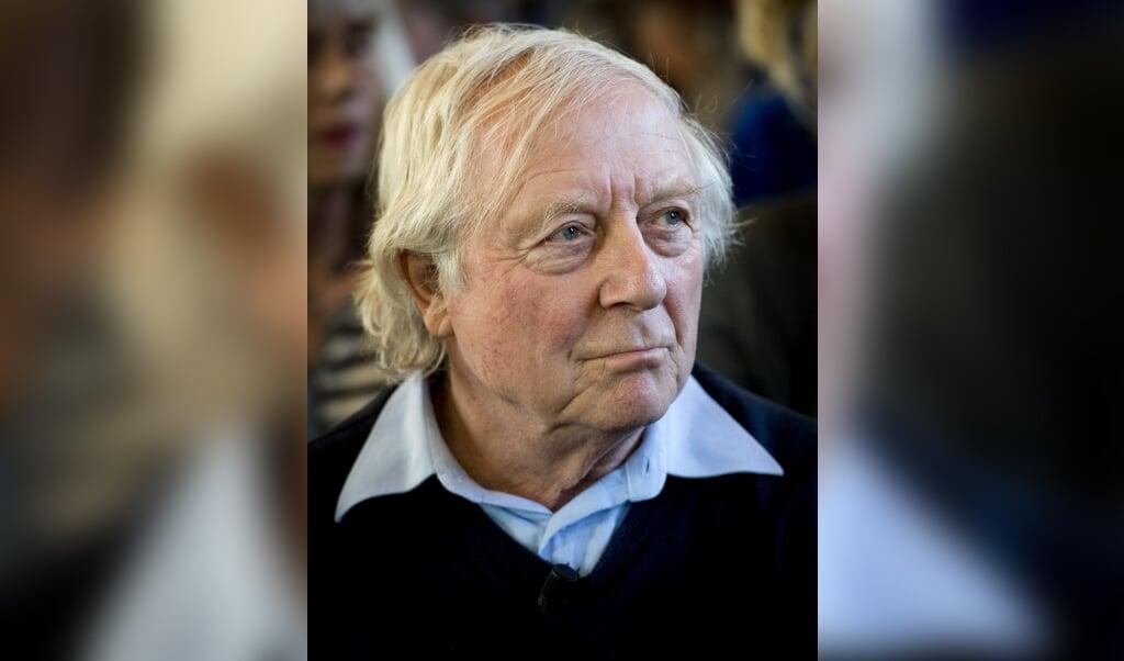 Aart Staartjes, vooral bekend als 'Meneer Aart' uit het kinderprogramma Sesamstraat, is zondag op 81-jarige leeftijd overleden.  (beeld anp / Koen van Weel)