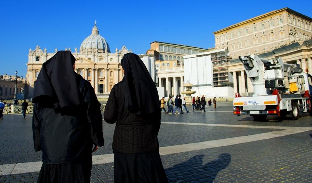 Nonnen die uittreden, blijken een grotere kans op burn-out te hebben of belanden zelfs in de prostitutie.  (beeld anp / Robin Utrecht)
