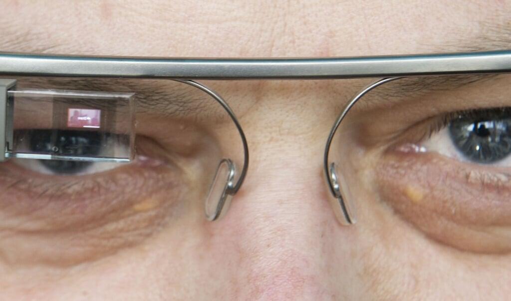 De Google Glass werd bij de lancering in 2013 aangekondigd alsof het een wereldwonder betrof.  (beeld afp / Ole Spata)