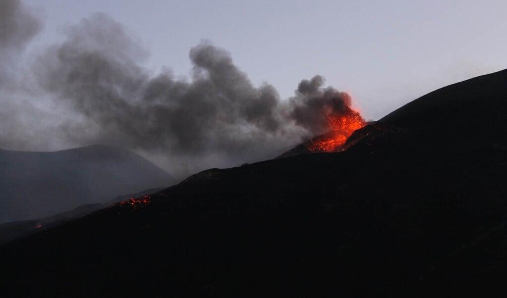 Rustige uitbarsting van de Etna. Soms zijn deze uitbarstingen explosief.  (beeld Pixabay)