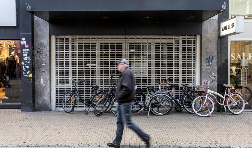 Winkels in de binnenstad van Groningen waar het slecht mee gaat.   (beeld anp)