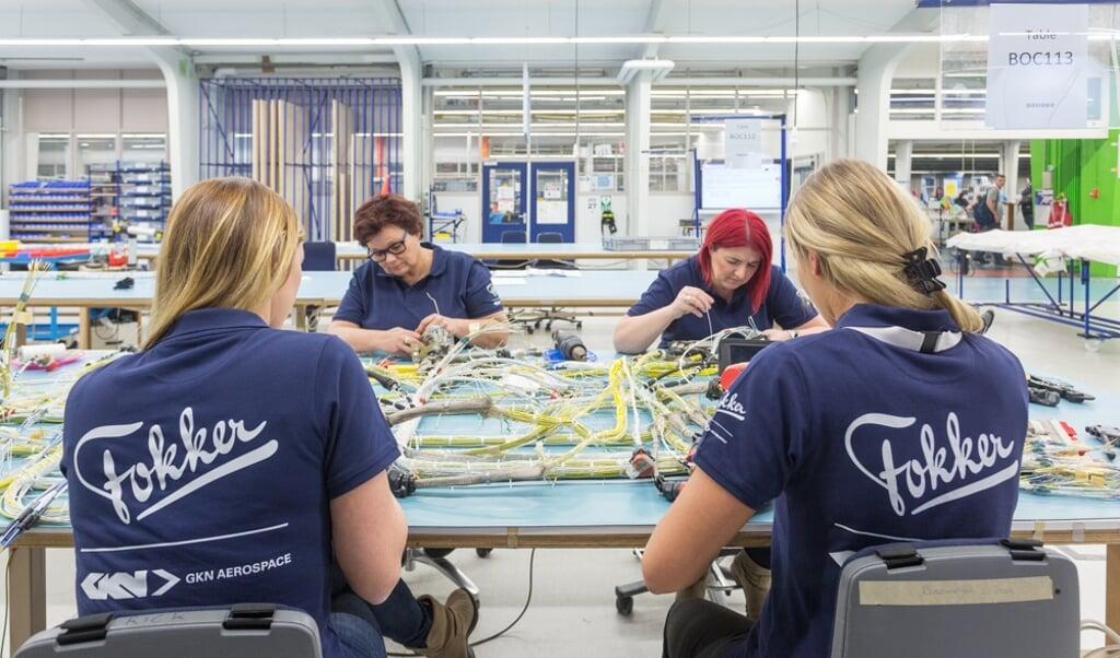 De fabriek van GKN Fokker Elmo in Woensdrecht waar de bekabeling wordt gemaakt.  (beeld gkn fokker)