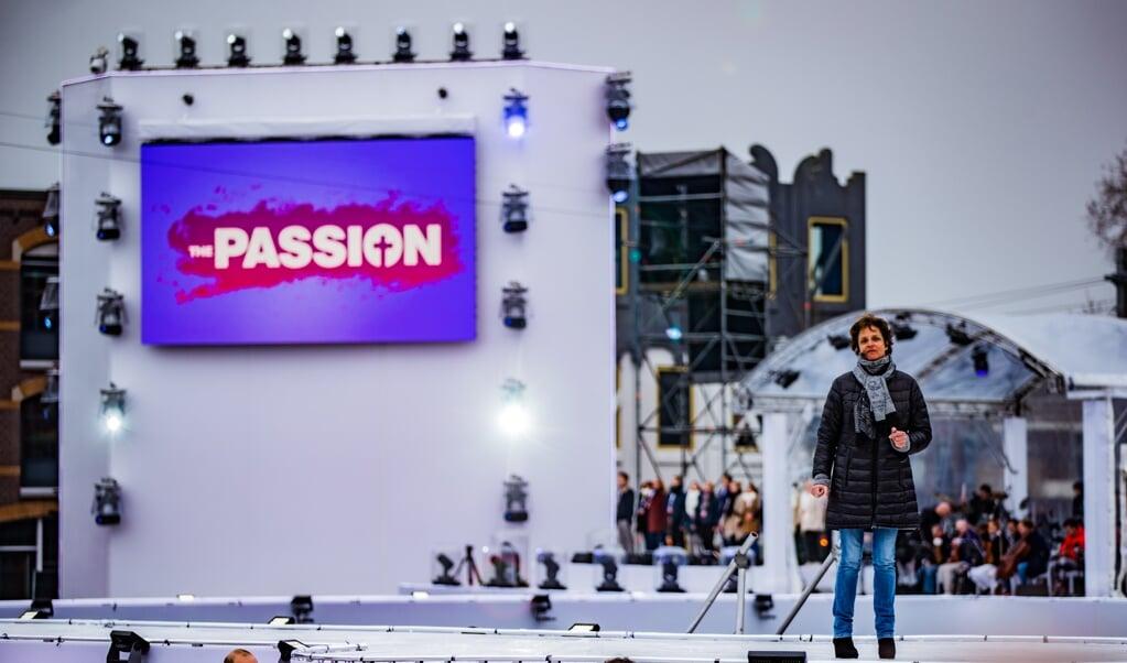 Lenette van Dongen tijdens de zesde editie van The Passion in Amersfoort.  (beeld anp / Levin den Boer)