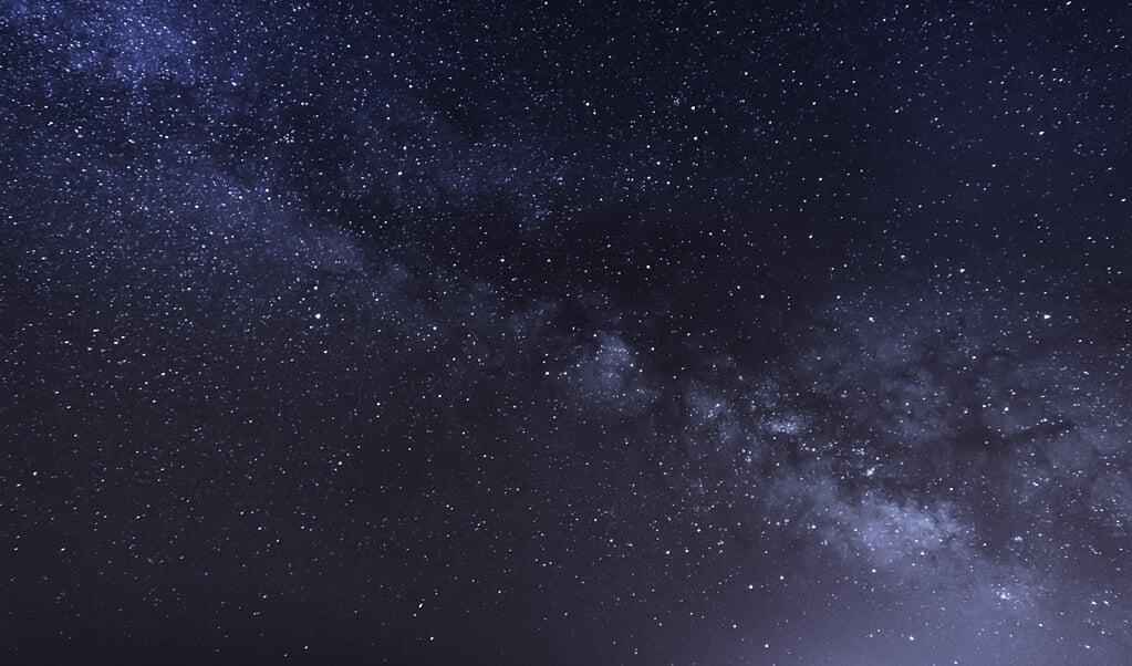 Het boek Oer vertelt hoe in miljarden jaren sterren en planeten ontstonden, dieren en mensen. Niet toevallig, maar door God gewild en bedacht.   (beeld istock)