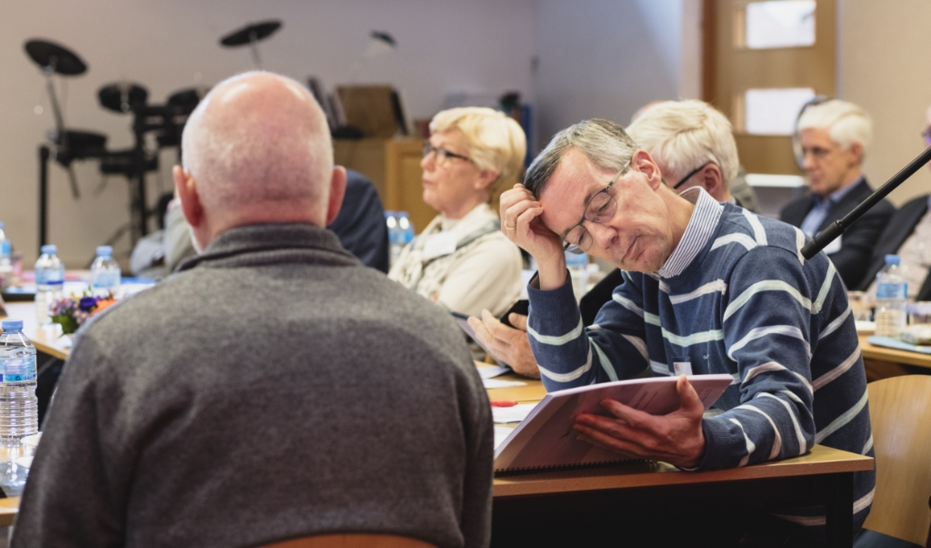 De Nederlands-gereformeerden beleggen een extra vergadering om te praten over de hereniging met de Gereformeerde Kerk vrijgemaakt.  (beeld Dick Vos)