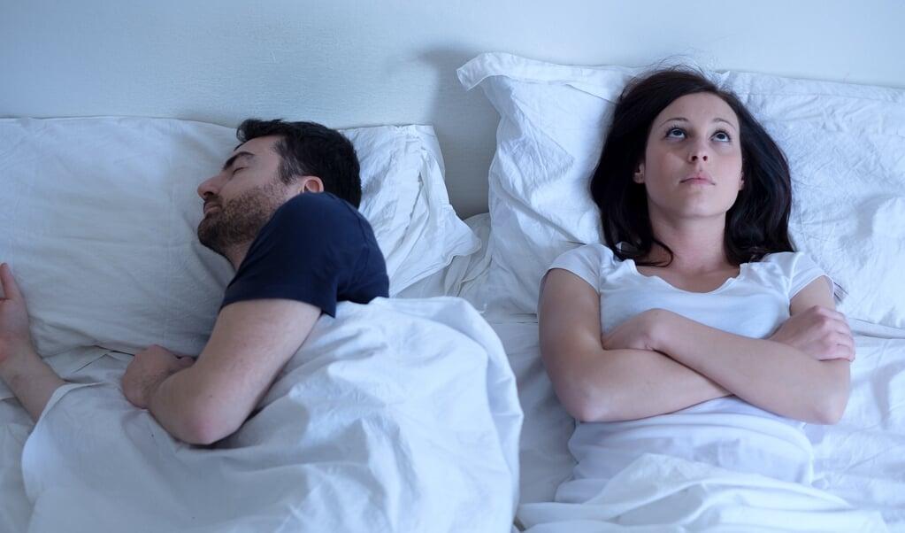 Over het algemeen hebben stress en negatieve emoties een afremmende werking op het seksuele verlangen.   (beeld getty images / istockphoto)