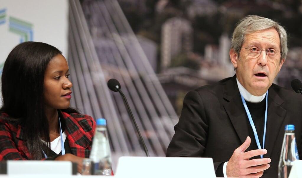 Bruno Marie Duffé, de secretaris van het Vaticaanse Dicasterie voor Integrale Menselijke Ontwikkeling.  (beeld EPA / Andrzej Grygiel)