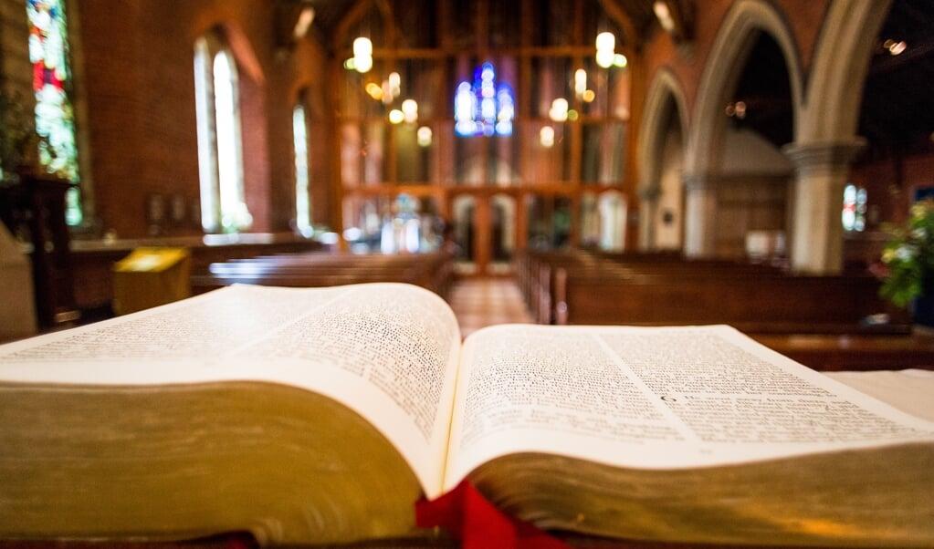 <p>Het is toch vreemd dat het gemiddelde opleidingsniveau stijgt, maar het geestelijk analfabetisme in de kerk toeneemt? Initiatieven om de waarheid van het evangelie fris en hedendaags te verwoorden, zijn dus meer dan welkom. </p>  (beeld Getty Images/iStockphoto)