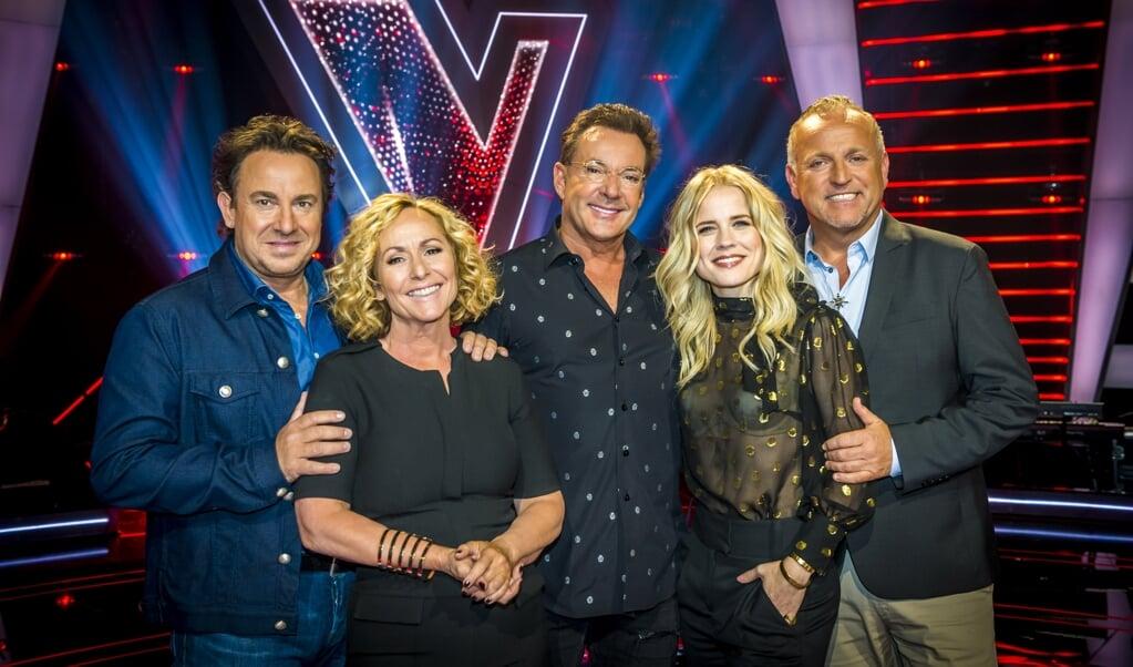 Marco Borsato, Angela Groothuizen, Gerard Joling, Ilse DeLange en Gordon bij The Voice Senior.  (beeld anp / Lex van Lieshout)