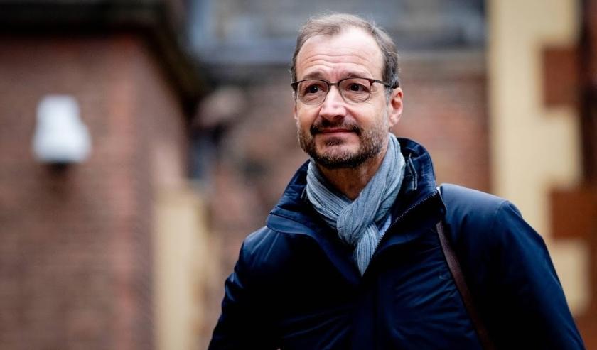 2019-11-15 09:55:48 DEN HAAG - Eric Wiebes, minister van Economische Zaken, arriveert op het Binnenhof voor de wekelijkse ministerraad. ANP SEM VAN DER WAL  ( beeld anp)