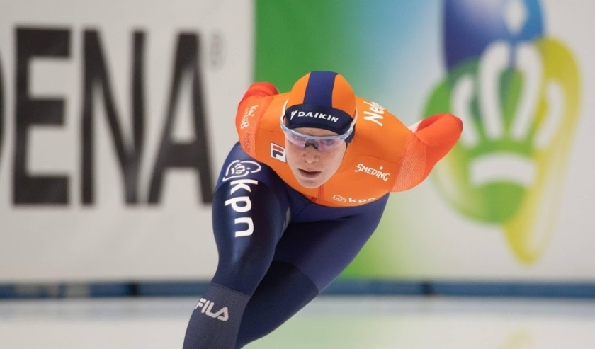 2019-11-24 00:00:00 epa08022621 Reina Anema of Netherlands in action during the women's 1500 m race of the ISU Speed Skating World Cup in Tomaszow Mazowiecki, central Poland, 24 November 2019.  EPA/Grzegorz Michalowski POLAND OUT  ( beeld anp)