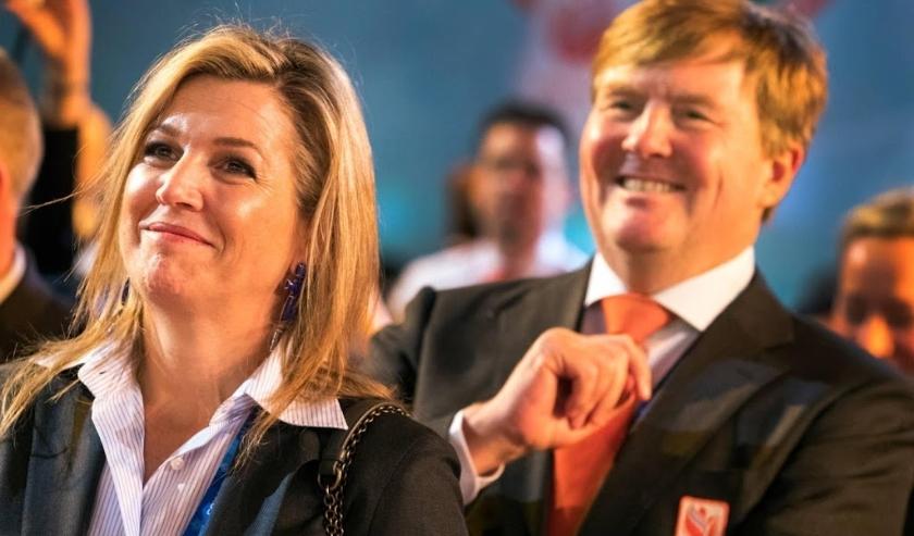 2018-02-10 00:00:00 GANGNEUNG - Koning Willem-Alexander en koningin Maxima in het Holland Heineken House tijdens de Olympische Winterspelen van Pyeongchang. ANP/ HHH / SANDER STOEPKER  ( beeld anp)