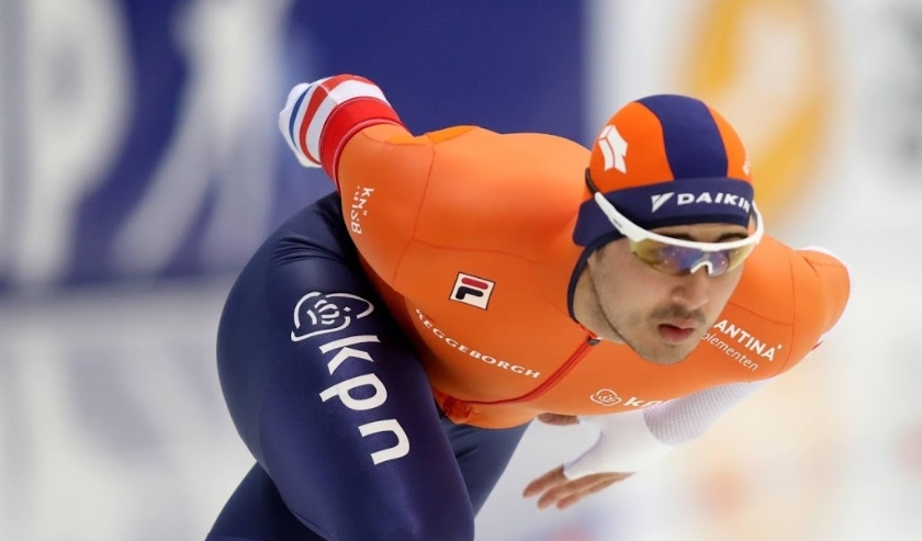2019-12-07 18:44:23 epa08051598 Kai VERBIJ of the Netherlands in action during the Men's 1000m race of the ISU Speed Skating World Cup at Alau Stadium  in Nur-Sultan, Kazakhstan, 07 December 2019.  EPA/IGOR KOVALENKO  ( beeld anp)