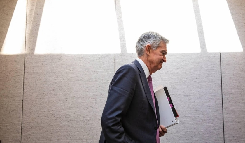 2019-11-13 12:29:01 epa07993703 US Federal Reserve Board Chairman Jerome Powell leaves after testifying before the US Senate Joint Economic Committee, on Capitol Hill in Washington, DC, USA, 13 November 2019. The hearing was held to hear Powell's testimon  (beeld anp)