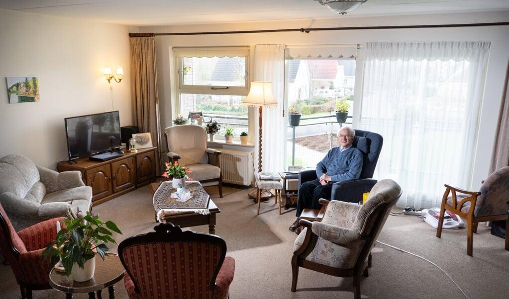 Bijna alle meubels komen uit zijn eigen grote wooninrichtingswinkel.  ( beeld Niek Stam)
