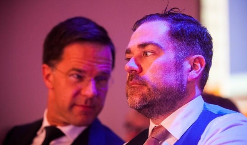 2018-05-26 10:20:37 ARNHEM - Premier Mark Rutte en VVD fractievoorzitter Klaas Dijkhoff tijdens de tweede dag van het voorjaarscongres van de VVD op congreslocatie Papendal. ANP ALEXANDER SCHIPPERS  ( beeld anp)
