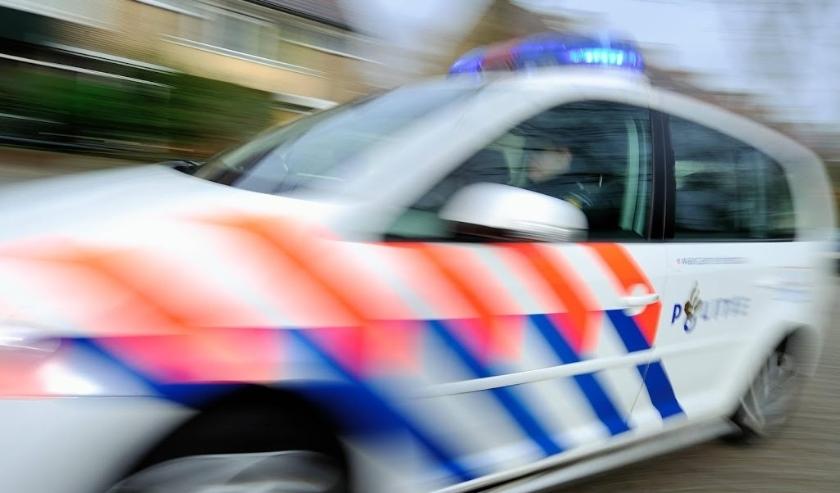 2010-11-17 00:00:00 LEIDSCHENDAM - Politiewagen met zwaailicht aan.ANP  XTRA LEX VAN LIESHOUT  ( beeld anp)