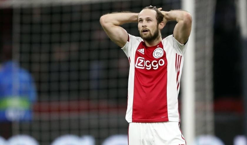 2019-12-10 22:52:47 Daley Blind of Ajax during the UEFA Champions League group H match between Ajax Amsterdam and Valencia CF at the Johan Cruijff Arena on December 11, 2019 in Amsterdam, The Netherlands ANP SPORT  ( beeld anp)