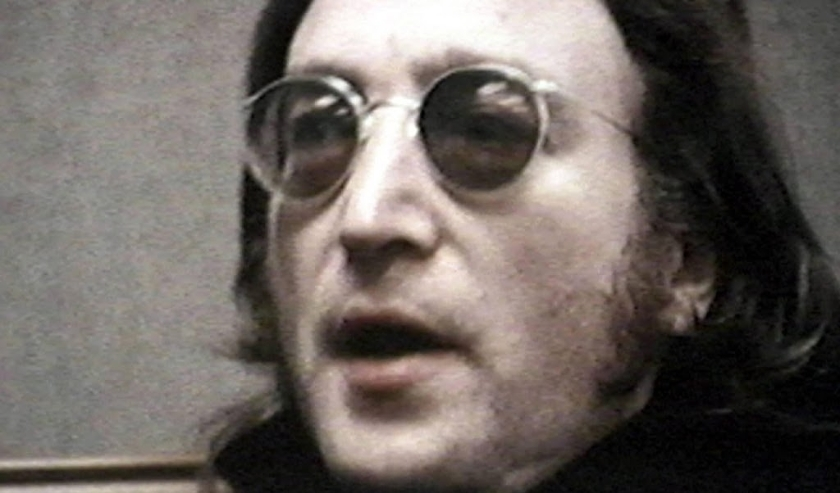 2003-07-25 23:27:00 Handout photo of frame from one of two reels of never before seen 16mm movie footage of musician John Lennon which sold at auction for $53, 775 USD 25 July, 2003 at Christie¬s in New York City. EPA PHOTO/EPA/CHRISTIE¬S  ( beeld anp)