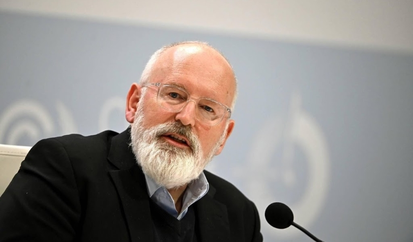 2019-12-09 08:57:18 epa08057885 Executive Vice-President of the EU Commission Frans Timmermans holds a press conference during a new day of COP25 UN Climate Change Conference in Madrid, Spain, 09 December 2019. The summit runs in Spanish capital until nex  ( beeld anp)