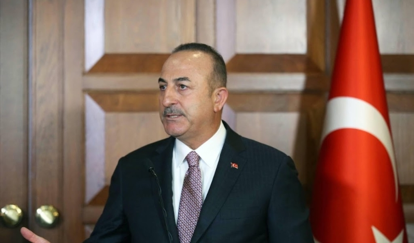 2019-11-28 12:51:35 epa08030555 A handout photo made available by the Turkish Foreign Ministry press office shows Turkish Foreign Minister Mevlut Cavusoglu at a press conference after a meeting with Prime Minister of the Kurdistan Regional Government (KRG  ( beeld anp)