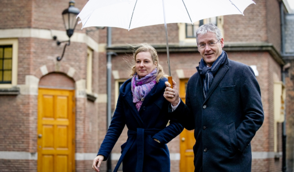 Arie Slob, minister voor Basis- en Voortgezet Onderwijs en Media, arriveert op het Binnenhof voor de wekelijkse ministerraad.  (anp / Sem van der Wal)