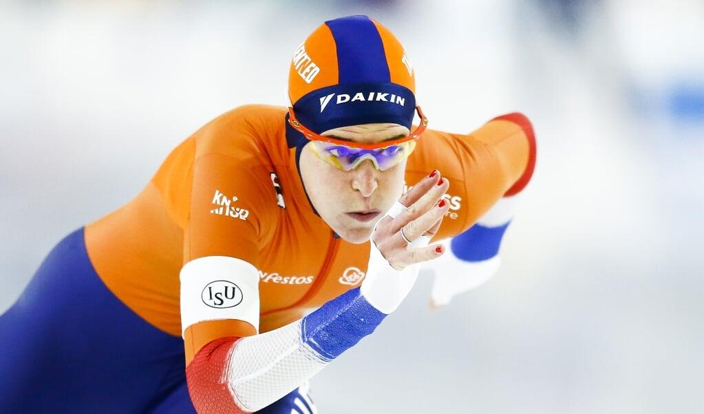Ireen Wüst in actie op de 1500 meter tijdens de ISU EK Afstanden in Thialf.  (beeld anp / Vincent Jannink)