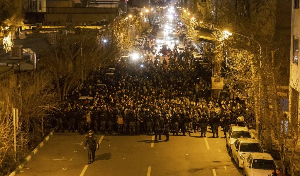 Protesten in Teheran.  (beeld afp)