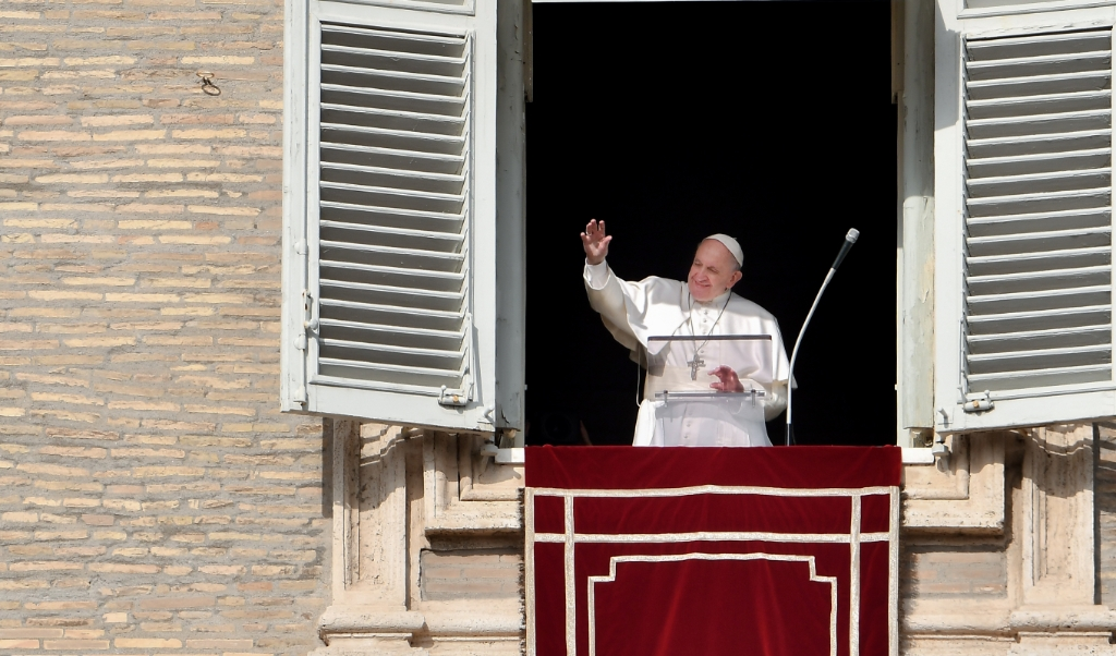 Paus Franciscus  (beeld afp / Vincenzo Pinto)