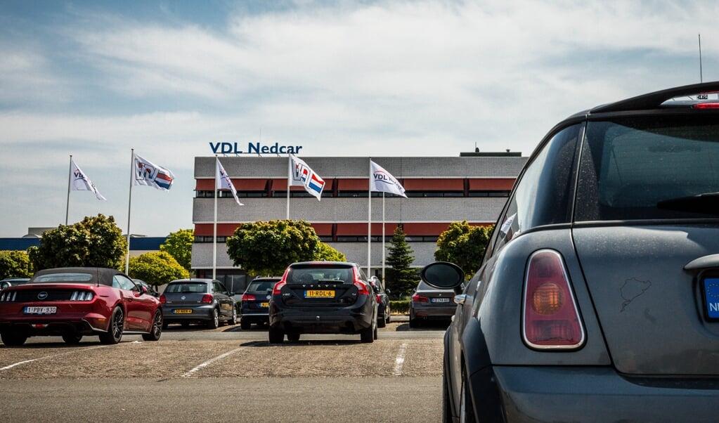 <p>Autofabriek NedCar zoekt naar een nieuwe klant en kijkt daarbij naar Aziatische start-ups.</p>  (beeld anp / Rob Engelaar)
