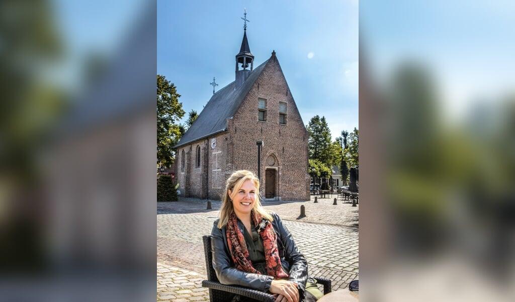 <p>Danielle Woestenberg (1980), juriste, mediator, theologe.</p>  (beeld rd / Henk Visscher)