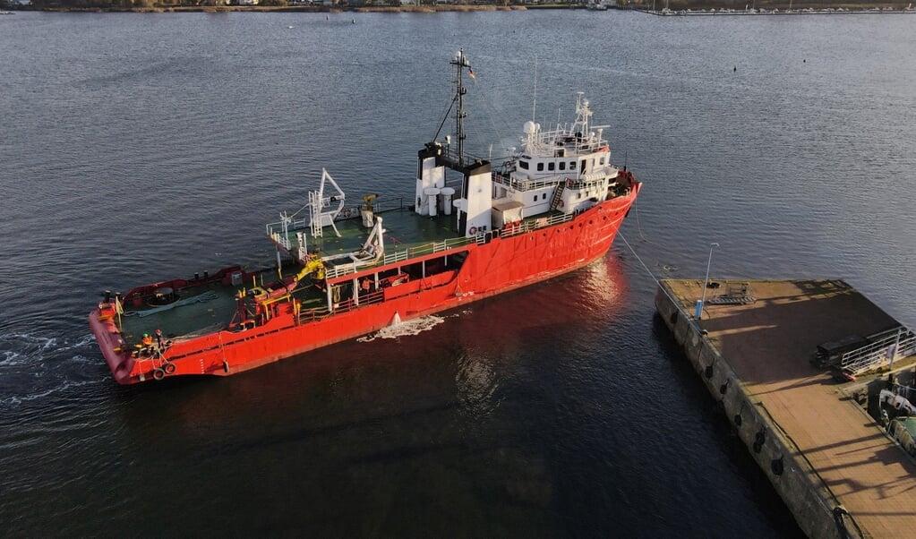 Onderzoeksschip 'Poseidon' gaat binnenkort als reddingsschip 'Sea-Eye 4' naar de Middellandse Zee.  (beeld Maik Lüdemann)