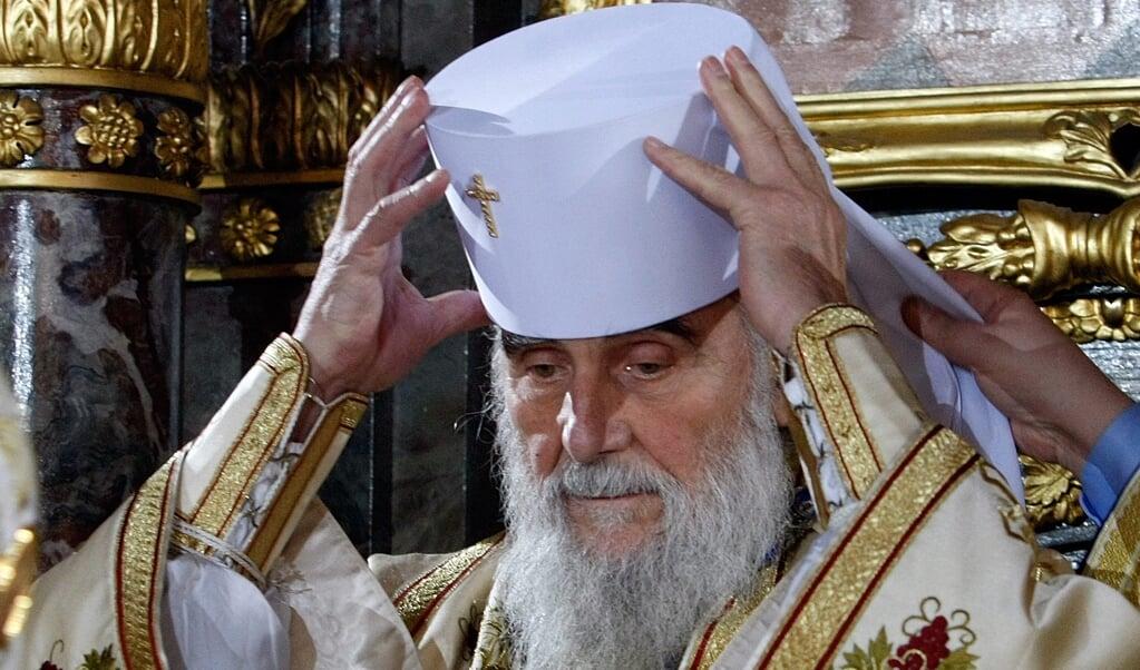 <p>Irinej Gavrilovic (90), de patriarch van de Servisch-orthodoxe kerk. Vrijdag overleed hij aan de gevolgen van corona.</p>  (beeld Epa/koca Sulejmanovic)