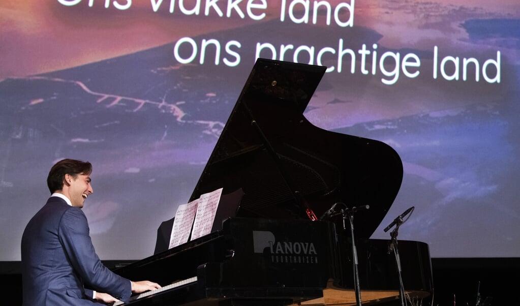 FVD-voorman Thierry Baudet tijdens het partijcongres in 2019.  (beeld anp / Piroschka van de Wouw)