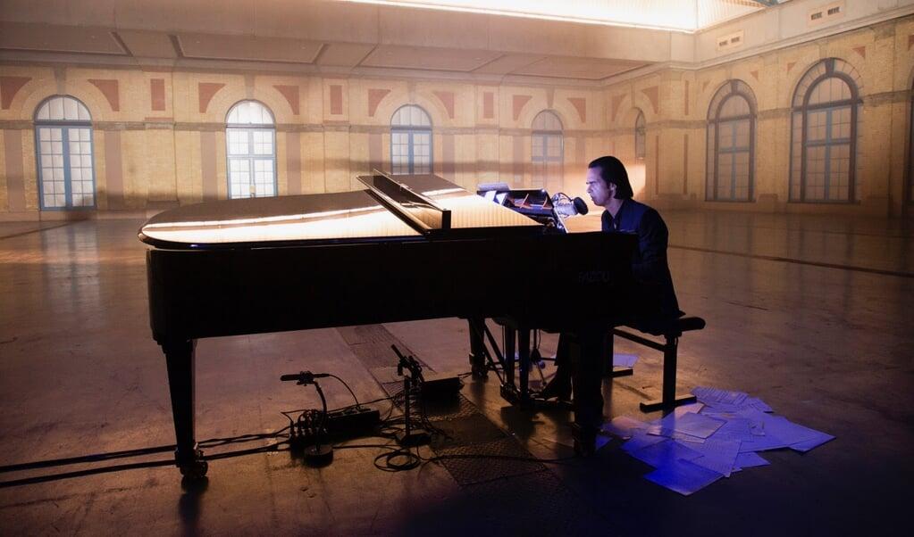 Nick Cave voerde in Alexandra Palace 22 van zijn songs uit.  (beeld V2 Music)