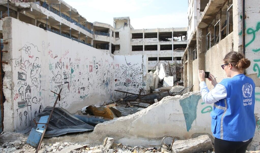 Fernande van Tets werkte een jaar in Syrië voor de VN; het land is kapot en Assad is de winnaar.  (beeld Fernande van Tets)
