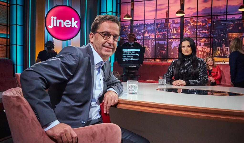<p>Influencer Famke Louise in gesprek met ic-arts Diederik Gommers.</p>  (beeld anp / Phil Nijhuis)