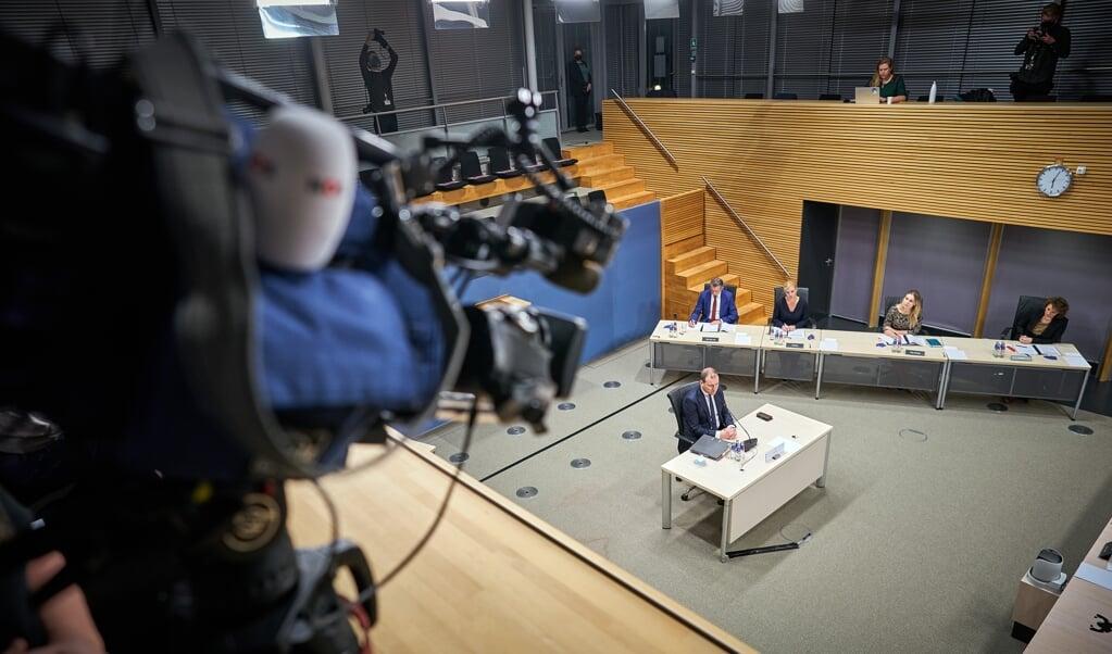 Lodewijk Asscher wordt gehoord door de parlementaire enquêtecommissie.  (beeld anp / Phil Nijhuis)