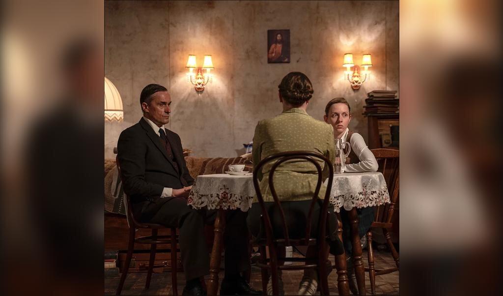 Beeld uit de speelfilm over schrijver, dichter en journalist Jochen Klepper.  (beeld missing films)