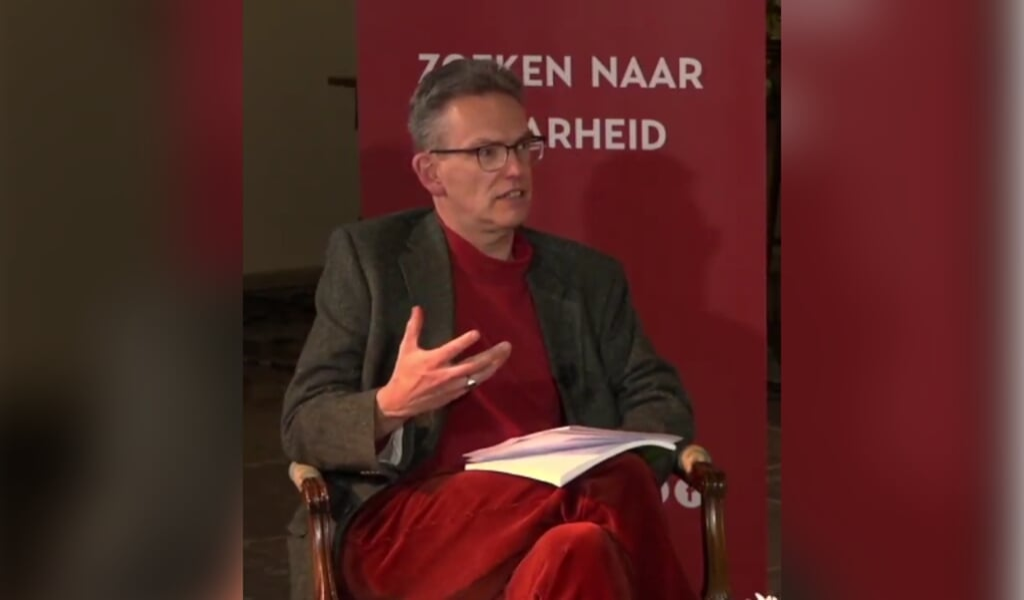 Richard Kroes  (beeld youtube)