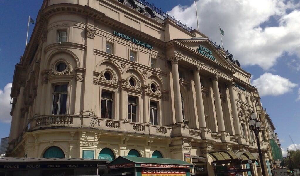 De Londen Trocadero aan Coventry Street begon in 1896 als een restaurant van J. Lyons and Co.  (beeld wikipedia)