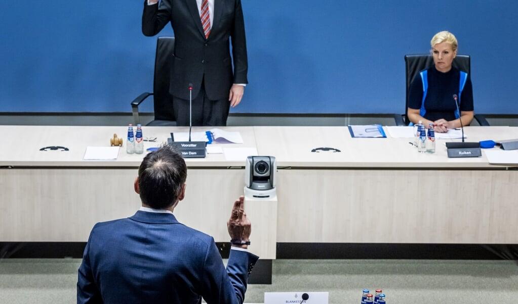 Gerard Blankestijn, voormalig directeur Toeslagen bij de Belastingdienst, voor zijn verhoor tijdens de derde dag van de hoorzittingen van de commissie die onderzoek doet naar problemen rond de fraudeaanpak bij de kinderopvangtoeslag.  (beeld anp / Remko de Waal)